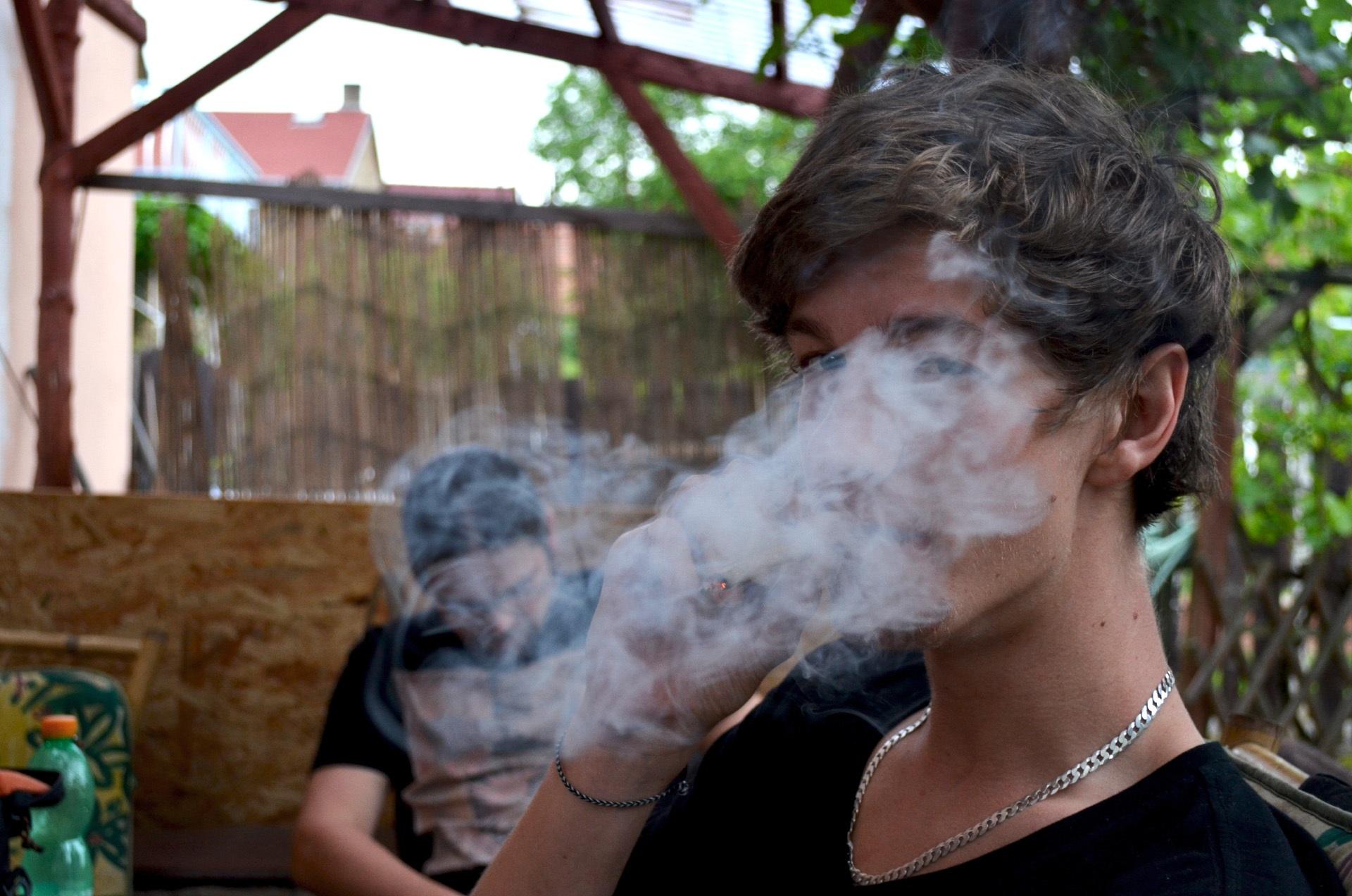 Frühintervention bei jugendlichen Cannabiskonsumenten